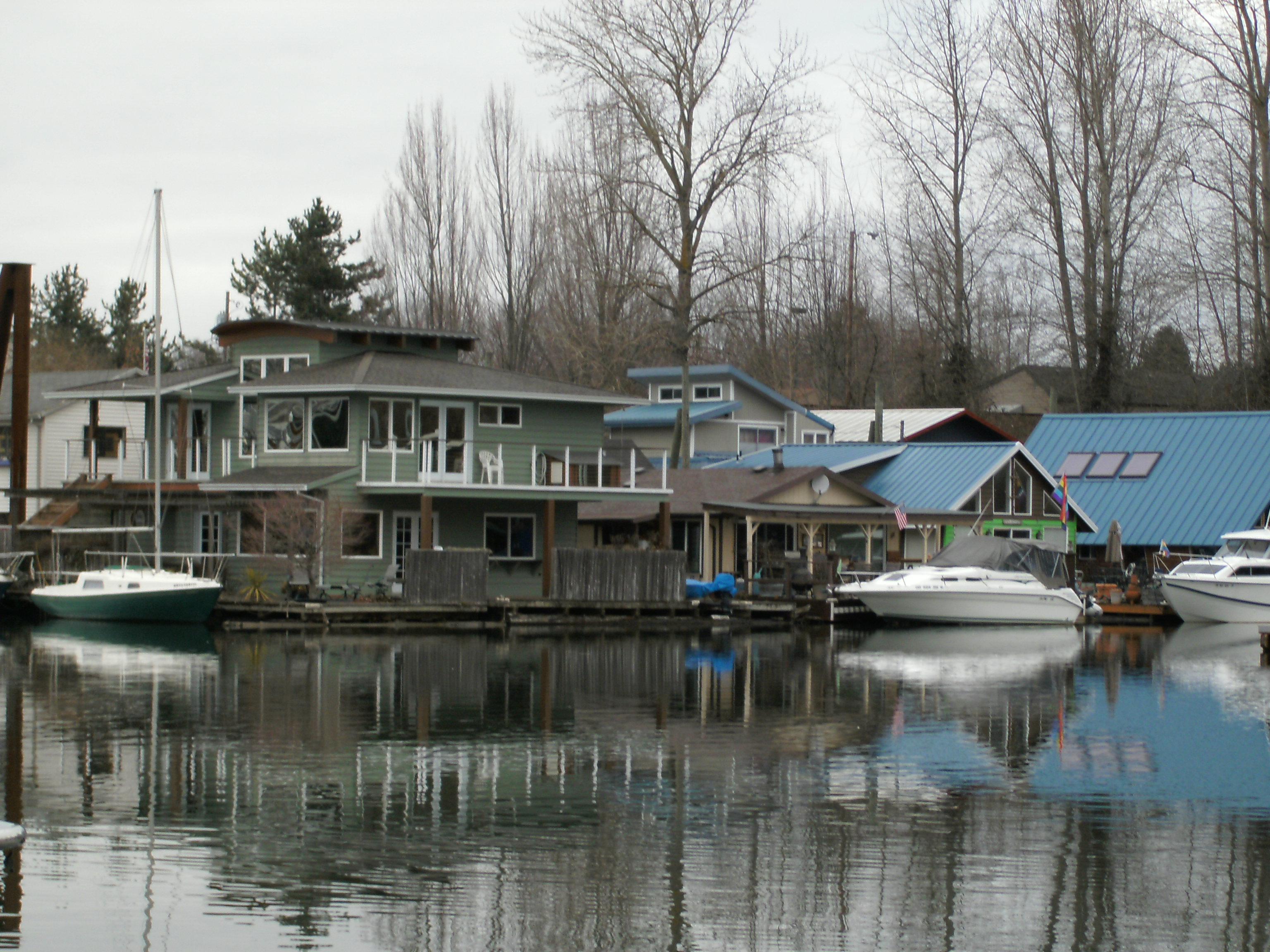 Floating home insurance in oregon hokanson insurance for Floating homes portland